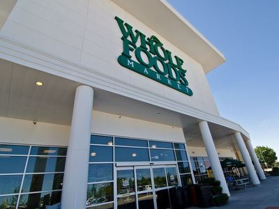 Amazon flags new grocery format with Whole Foods integration
